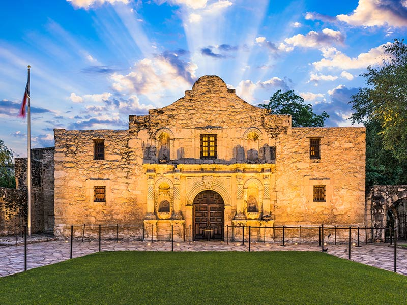 Photo of the Alamo - San Antonio Texas